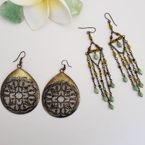 2 Pairs of Bojo Style Earings in Brass Tone, Beads